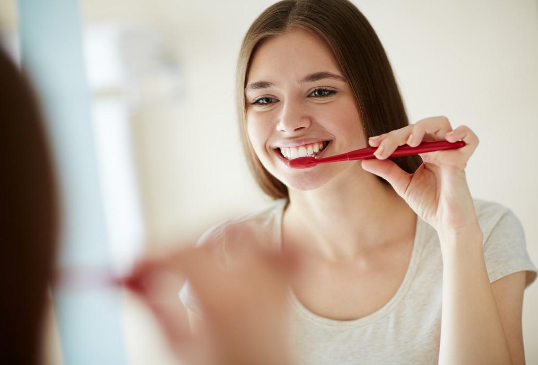 Are You Brushing Your Teeth the Wrong Way?